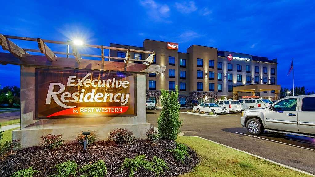 Best Western Plus Executive Residency Marion - Vista exterior