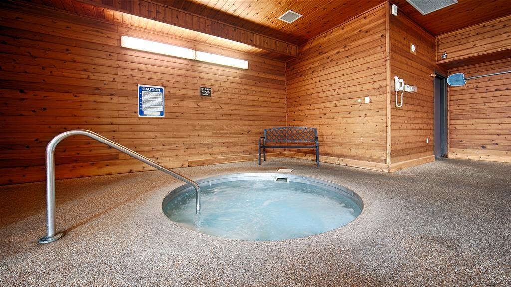 Best Western Lee's Motor Inn - chaud baignoire