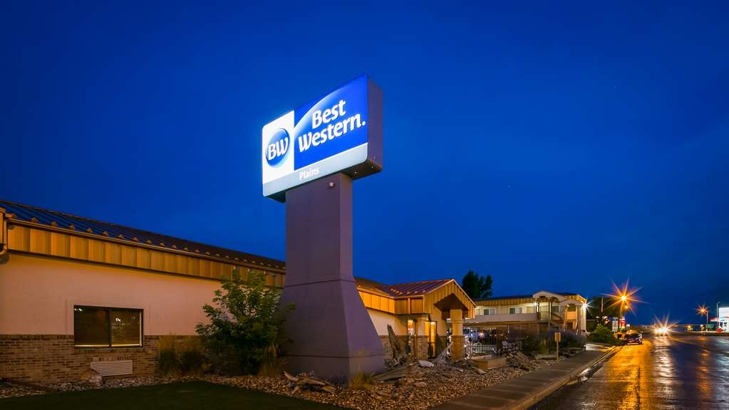 Best Western Plains Motel - Exterior