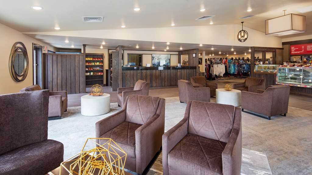 Best Western Golden Spike Inn & Suites - Vue du lobby