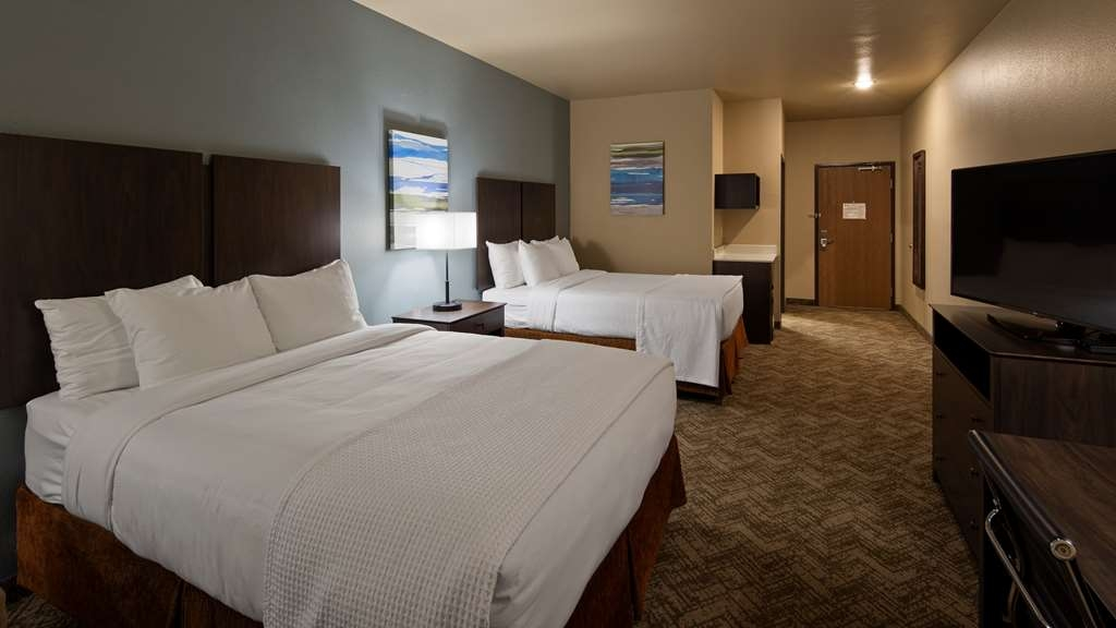 Best Western Golden Spike Inn & Suites - Chambres / Logements