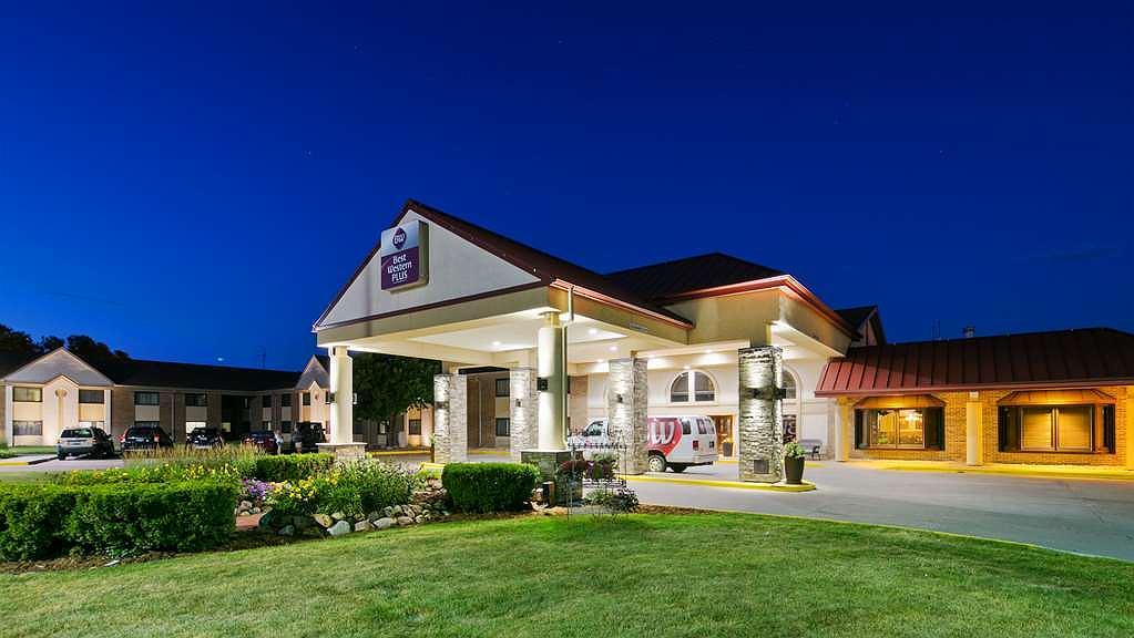 Best Western Plus Ramkota Hotel - Aussenansicht