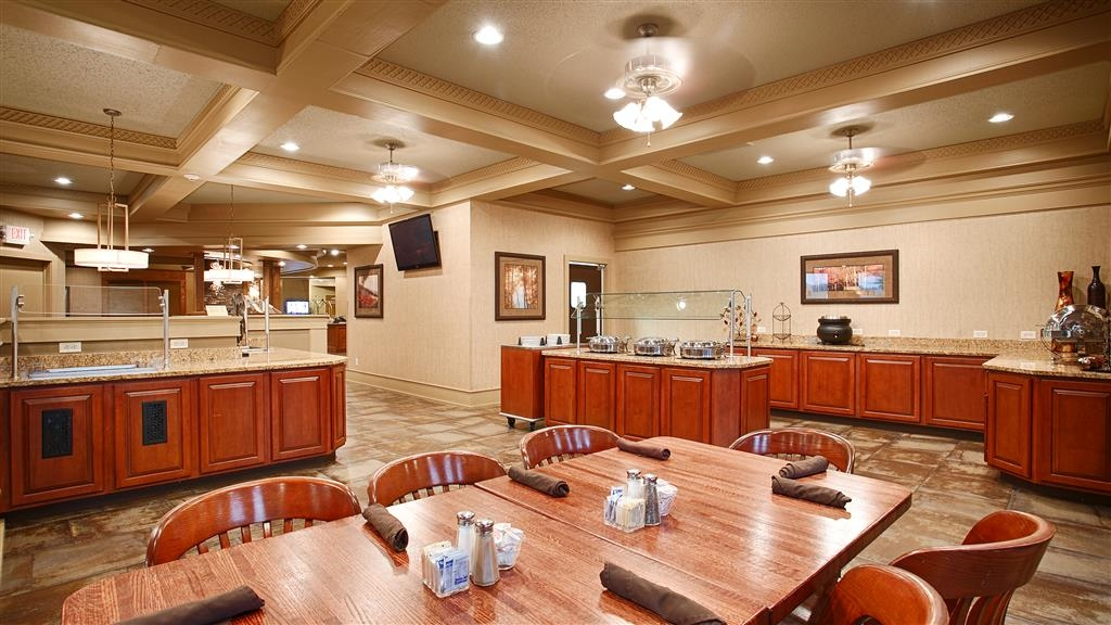 Best Western Plus Ramkota Hotel - Enjoy your old and new favorites, prepared under the watchful eye of our executive chef.