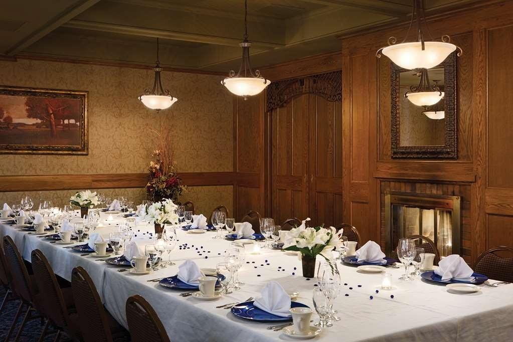 Best Western Plus Ramkota Hotel - Our professional staff can cater your next family gathering using the onsite restaurant, Maple Street Cafe.