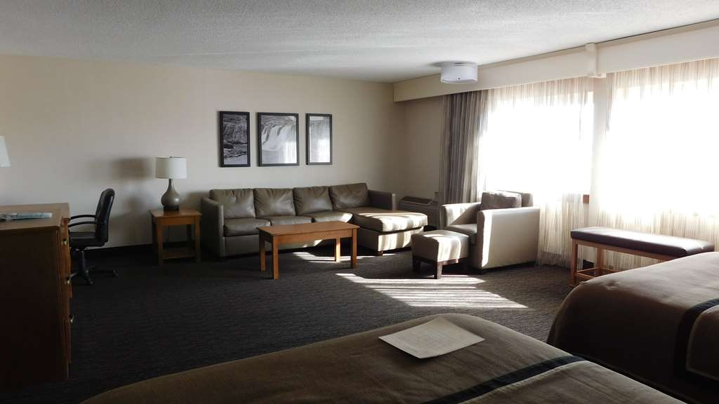 Best Western Plus Ramkota Hotel - Designed for corporate and leisure traveler alike, make a reservation in this two queen room.