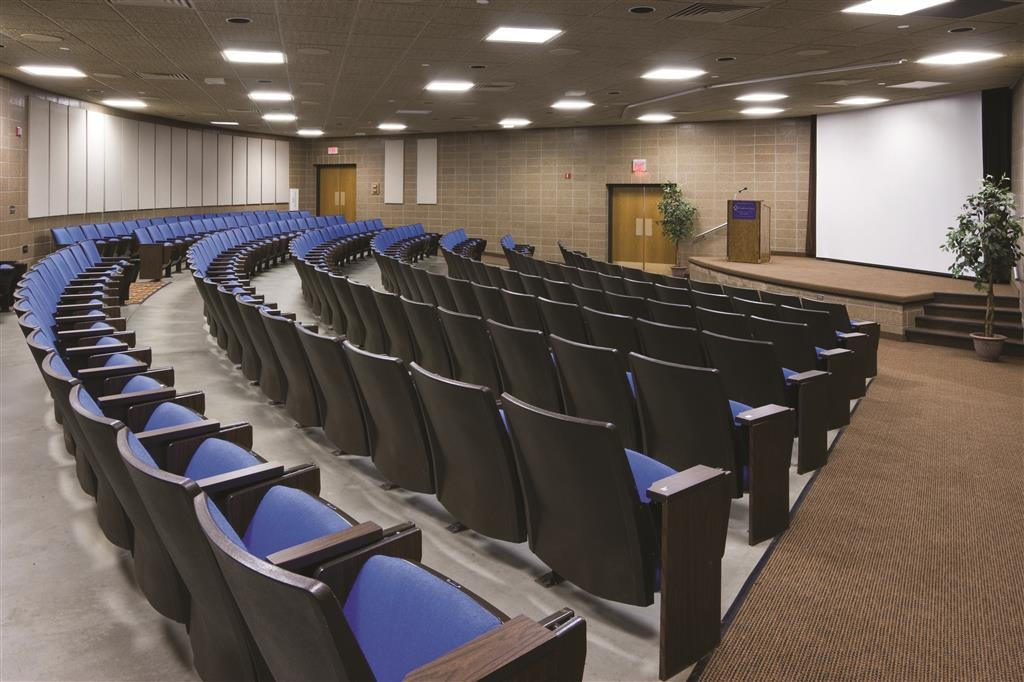 Best Western Ramkota Hotel - The Best Western Ramkota Hotel convention center theater boasts stadium style seating for 212.