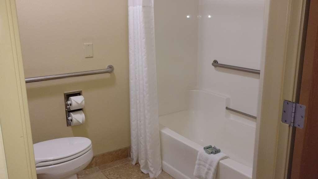 Best Western Empire Towers - Handicap Bath
