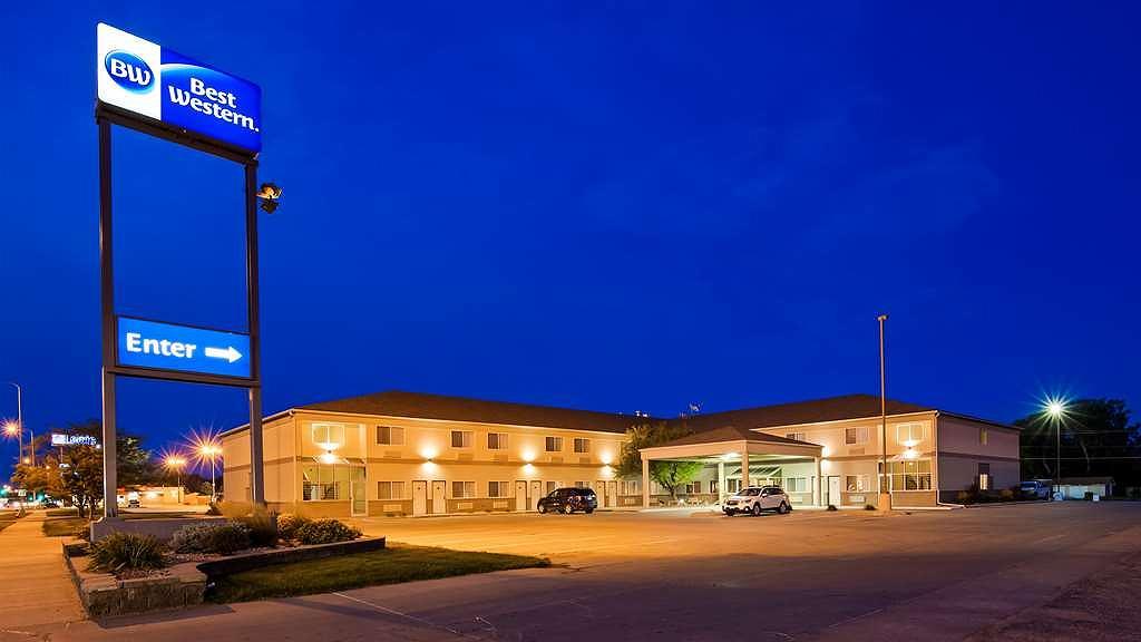 Best Western Of Huron - Hotel Exterior