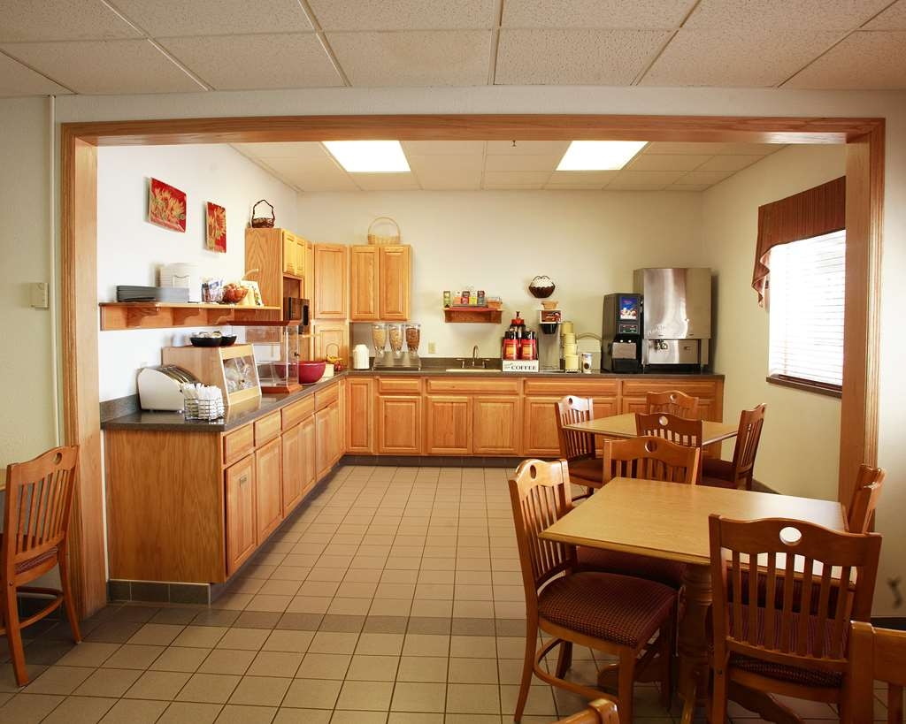 Best Western Of Huron - Enjoy our variety of breakfast items to fulfill your appetite!