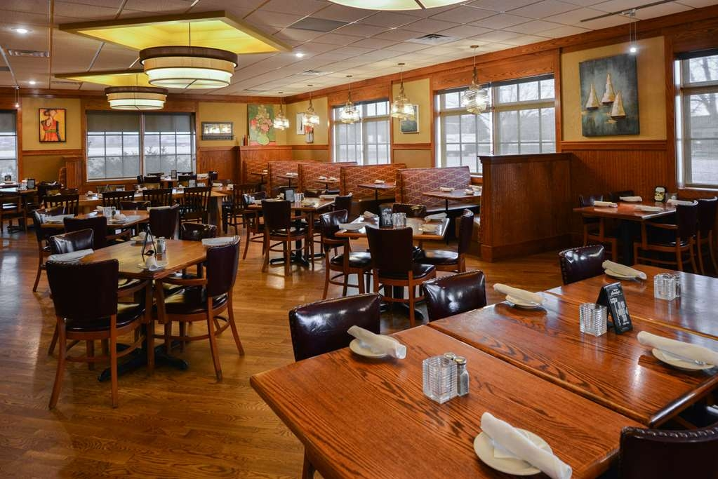 Best Western Kelly Inn - Take a load off at our on-site restaurant.