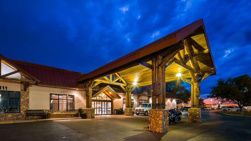 Best Western Ramkota Hotel - Aussenansicht