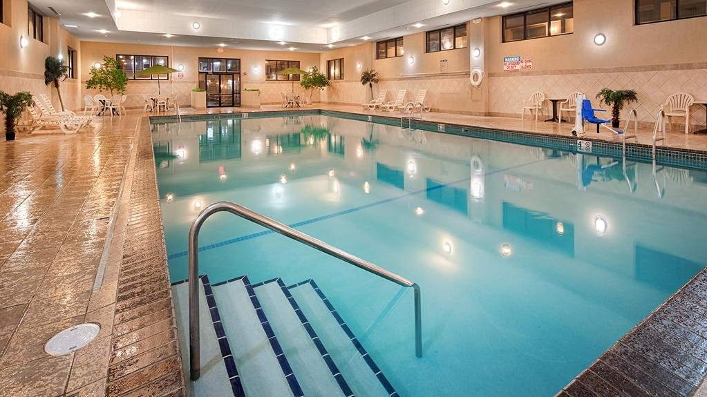 Best Western Ramkota Hotel - Indoor Pool
