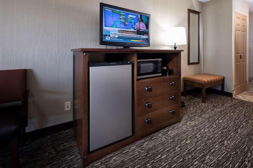 Best Western Ramkota Hotel - All rooms have refrigerators and microwaves