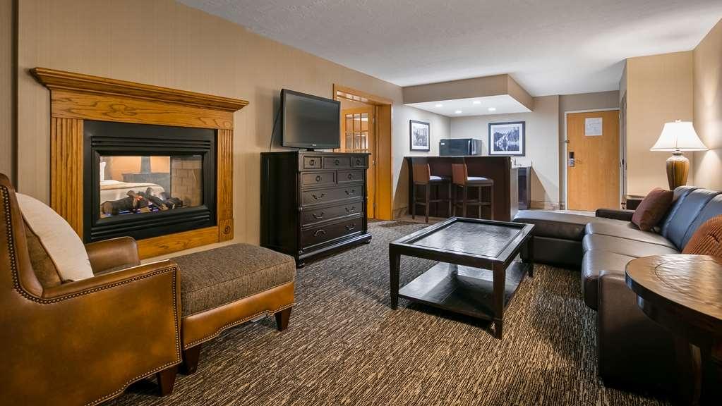 Best Western Ramkota Hotel - Suite