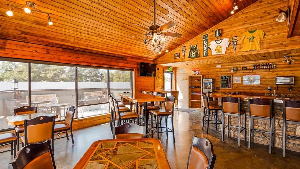 Best Western Black Hills Lodge - Bar/Salón