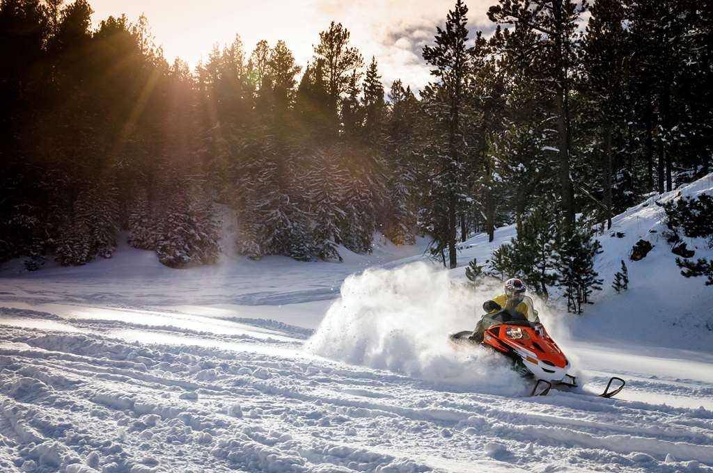 Best Western Black Hills Lodge - Snowmobiling in the Black Hills. Photo courtesy of South Dakota Department of Tourism