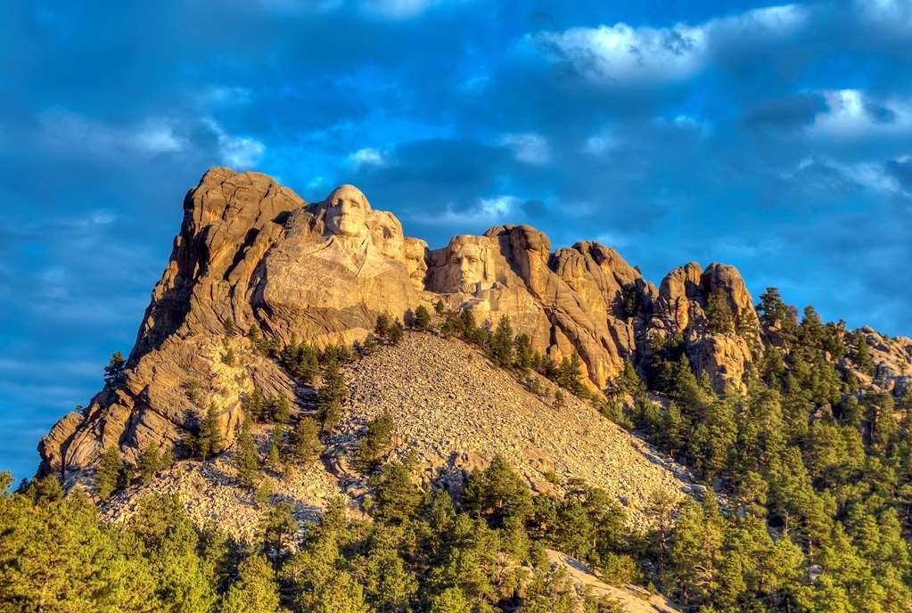 Best Western Black Hills Lodge - Mount Rushmore, Photo courtesy of South Dakota Department of Tourism