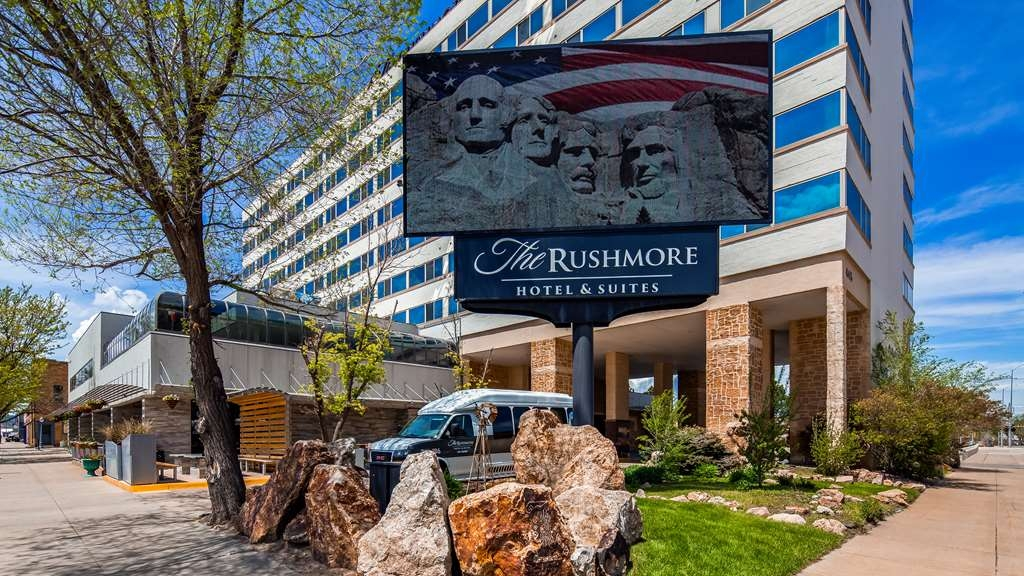 The Rushmore Hotel & Suites, BW Premier Collection - Façade
