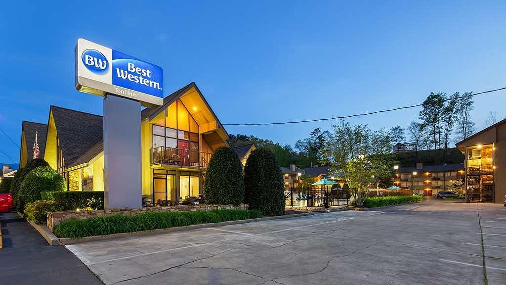 Best Western Toni Inn - Vista exterior
