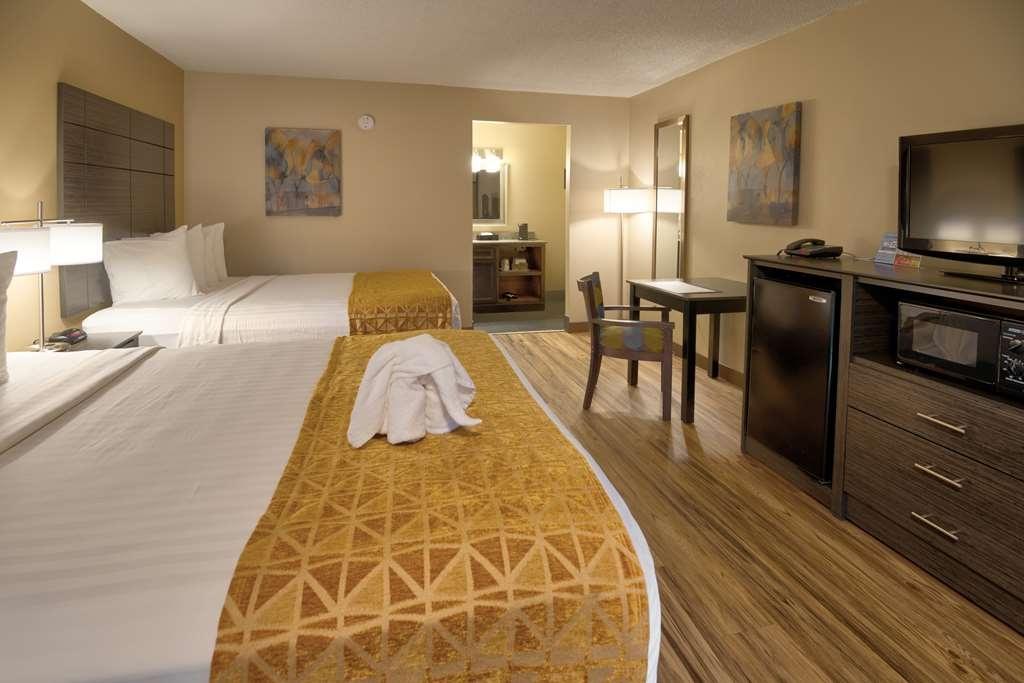 Best Western Toni Inn - 2 Queen beds ground floor
