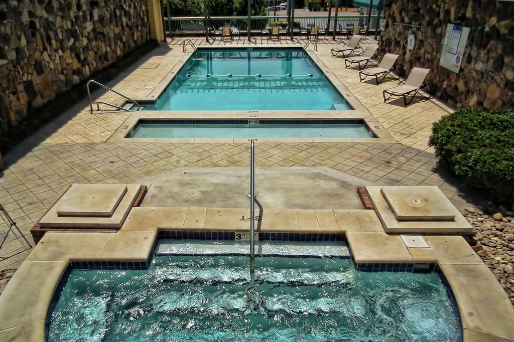 Best Western Newport Inn - Pool