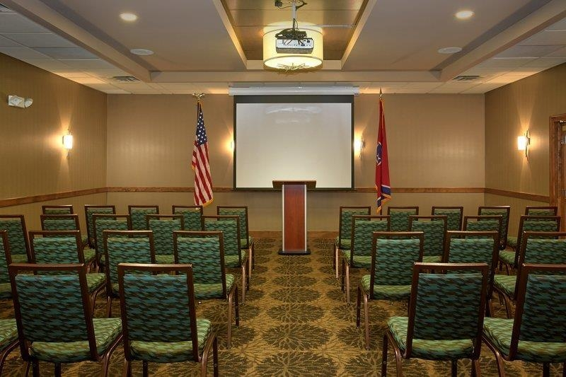 Best Western Newport Inn - Our meeting room is perfect for seminars or small business gatherings.