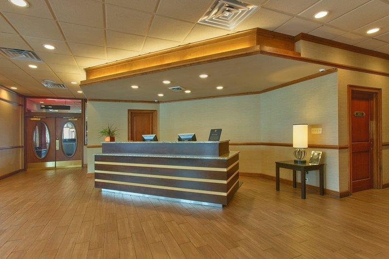 Best Western Newport Inn - Let our front desk team cater to your every need with our southern hospitality. We're open 24-hours a day to better serve you as our guest.