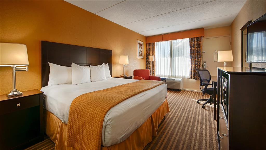 Best Western Heritage Inn - This spacious guest room is perfect for a layover, extended stay or weekend getaway.