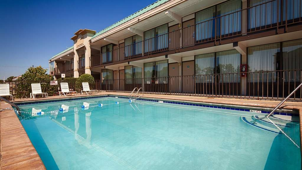 Best Western Heritage Inn - Our seasonal pool (May 1-Oct 1) is cool and refreshing on a HOT day for you and your family.