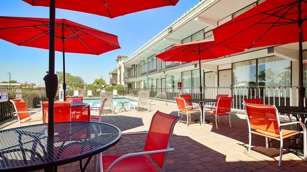 Best Western Heritage Inn - Our seasonal pool (May 1-Oct 1) has a large and comfortable sitting area.