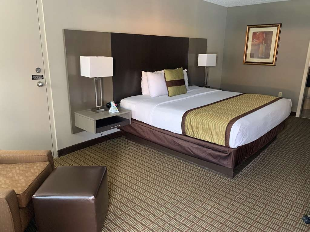 Best Western Fayetteville Inn - Habitaciones/Alojamientos