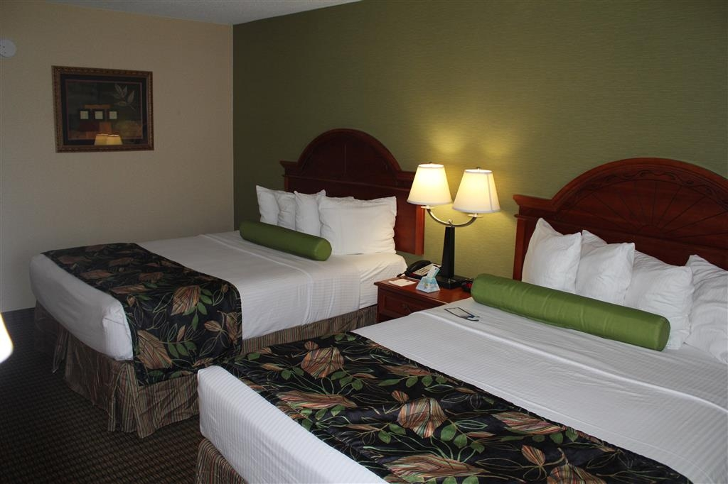 Best Western Celebration Inn & Suites - This double queen suite is perfect for families who need a little extra room.
