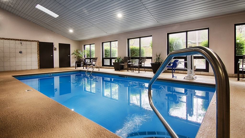 Best Western Celebration Inn & Suites - Our heated indoor salt-water swimming pool is open extended hours daily for your enjoyment year round.