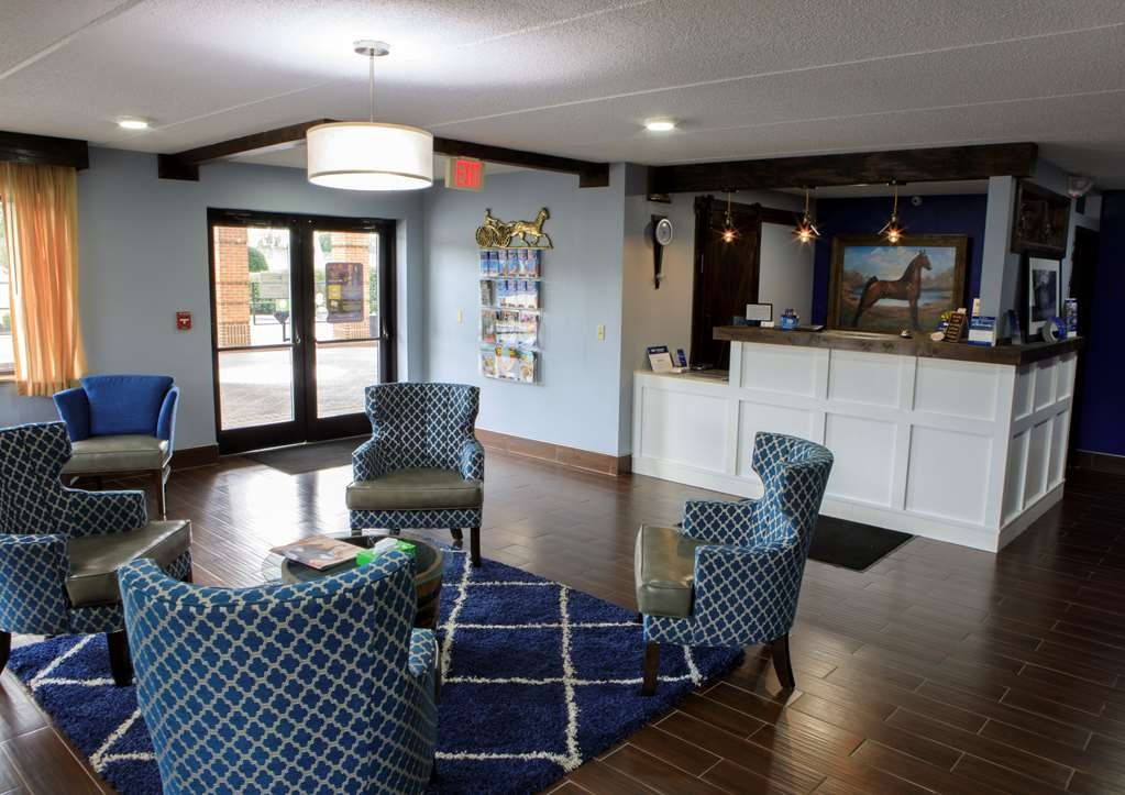Best Western Celebration Inn & Suites - Lobby