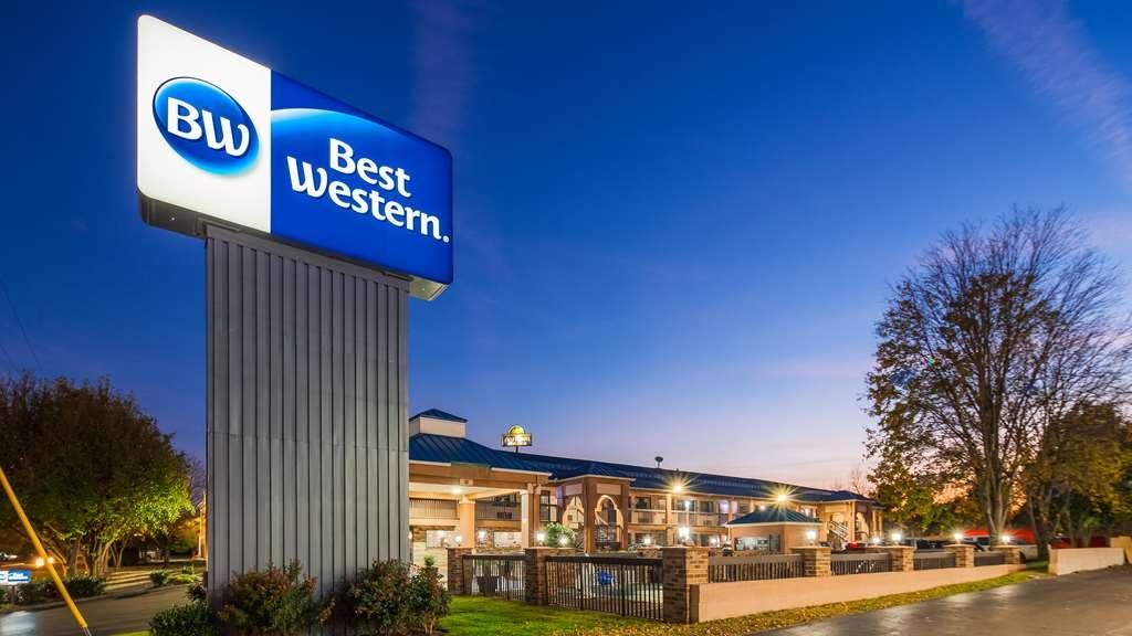 Best Western Chaffin Inn - Façade