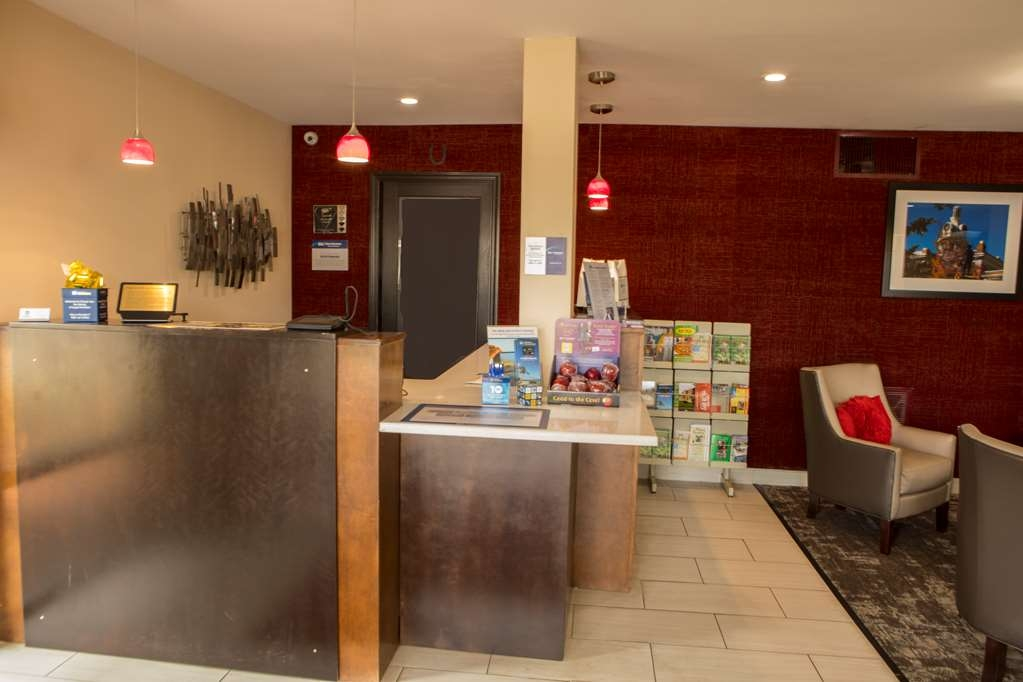 Best Western Chaffin Inn - Checking in at our hotel is just the beginning of a world-class experience.