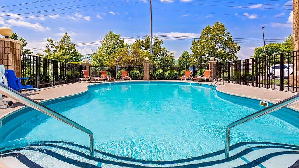 Hotel In Knoxville | Best Western Plus Cedar Bluff Inn