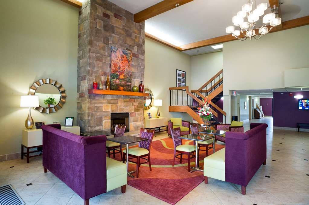 Best Western Plus Cedar Bluff Inn - Vue du lobby
