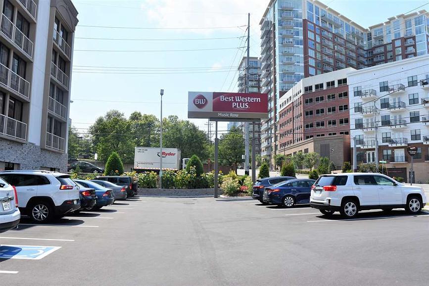 Hotel in Nashville | Best Western Plus Music Row