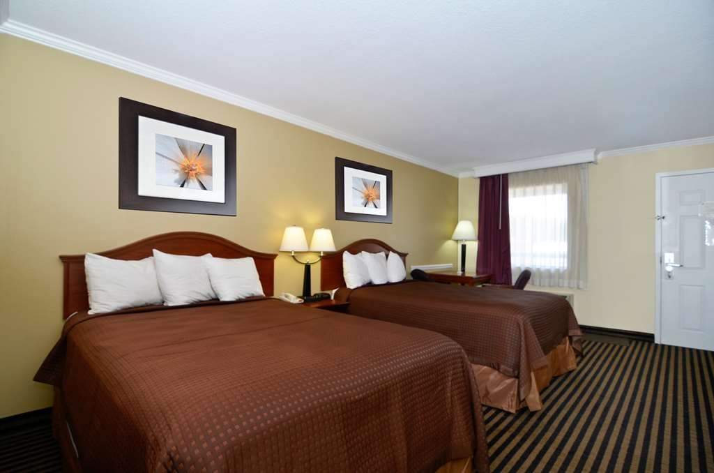 Best Western McKenzie - A Quality Guest Room with Two Double Beds