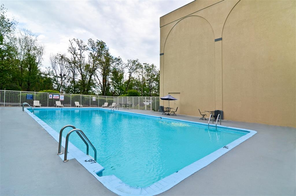Best Western Johnson City Hotel & Conference Center - When it's time to relax, go for a swim in our outdoor pool.