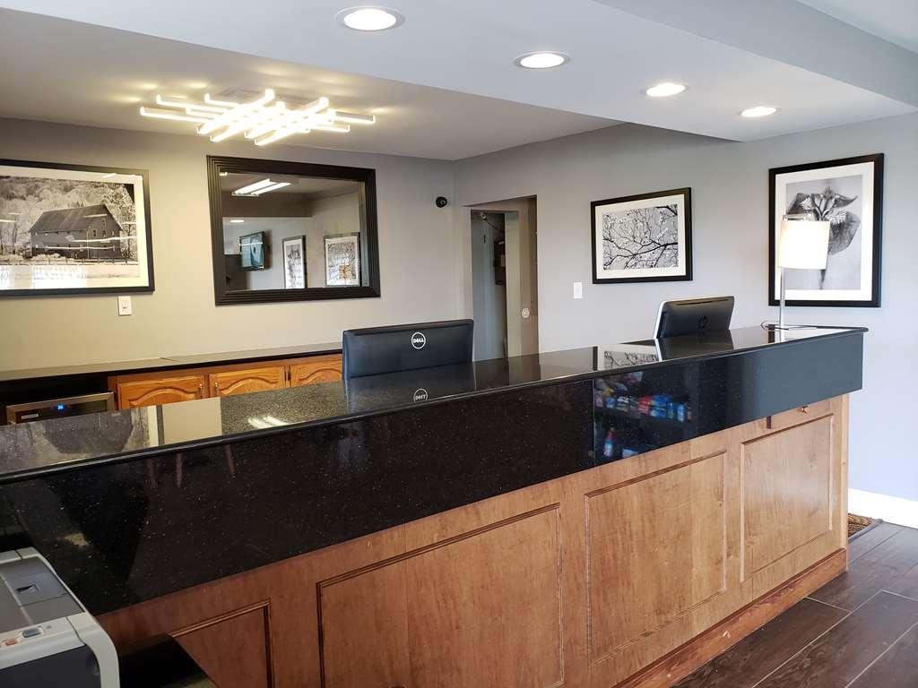 Best Western Executive Inn - Hall