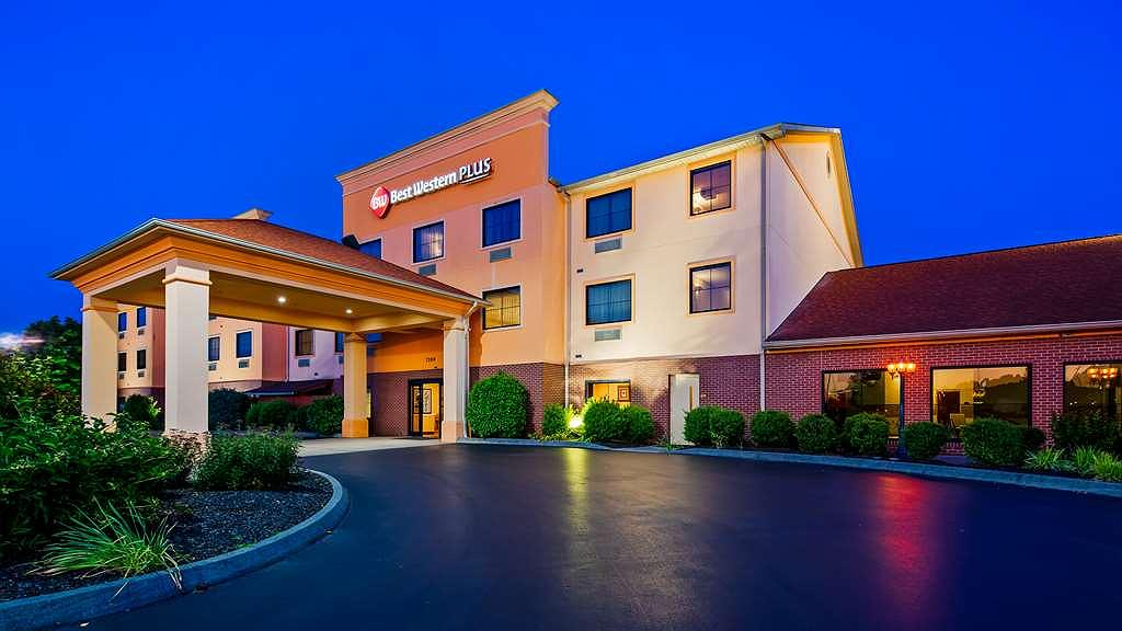 Best Western Plus Strawberry Inn & Suites - Facciata dell'albergo