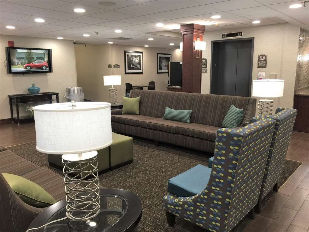 Best Western Plus Galleria Inn & Suites - Lobbyansicht