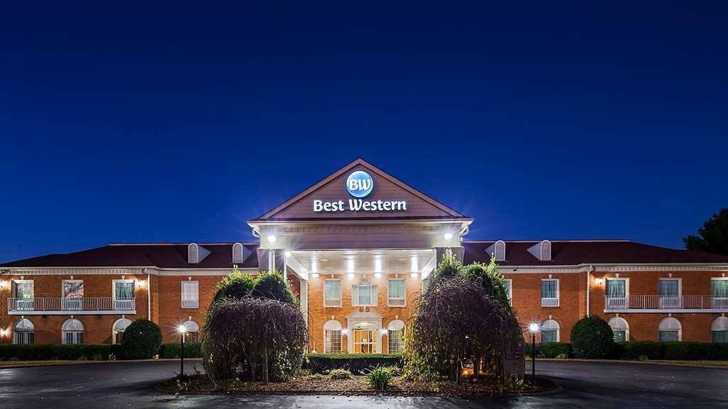 Best Western Spring Hill Inn & Suites - Area esterna