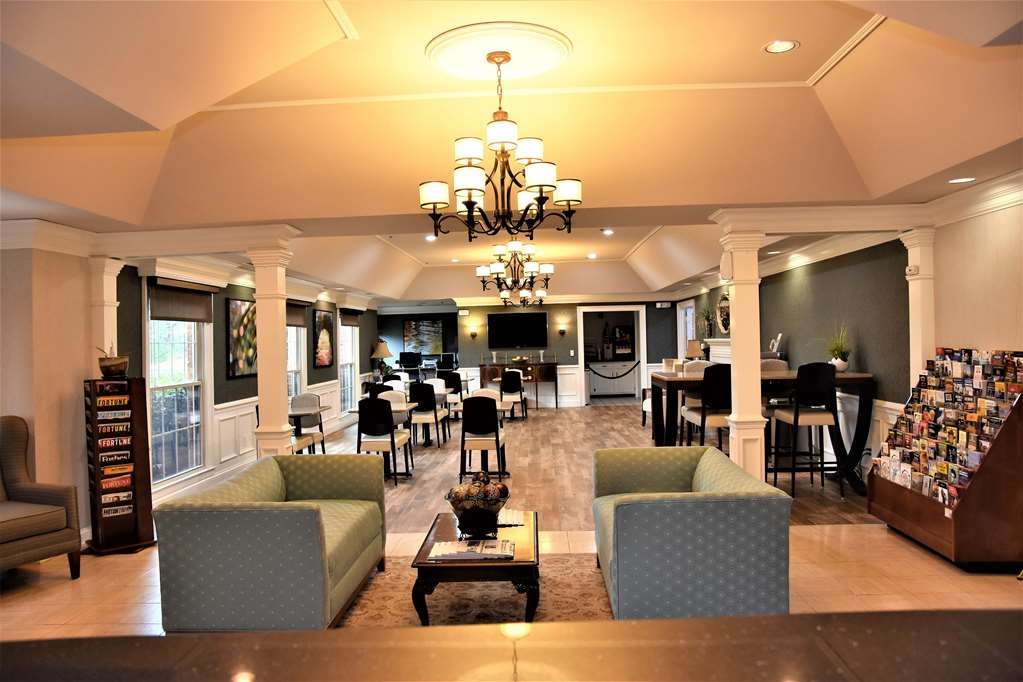 Best Western Spring Hill Inn & Suites - Hall