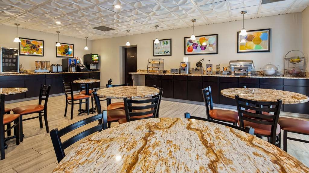 Best Western Knoxville Suites - Downtown - Restaurant / Etablissement gastronomique