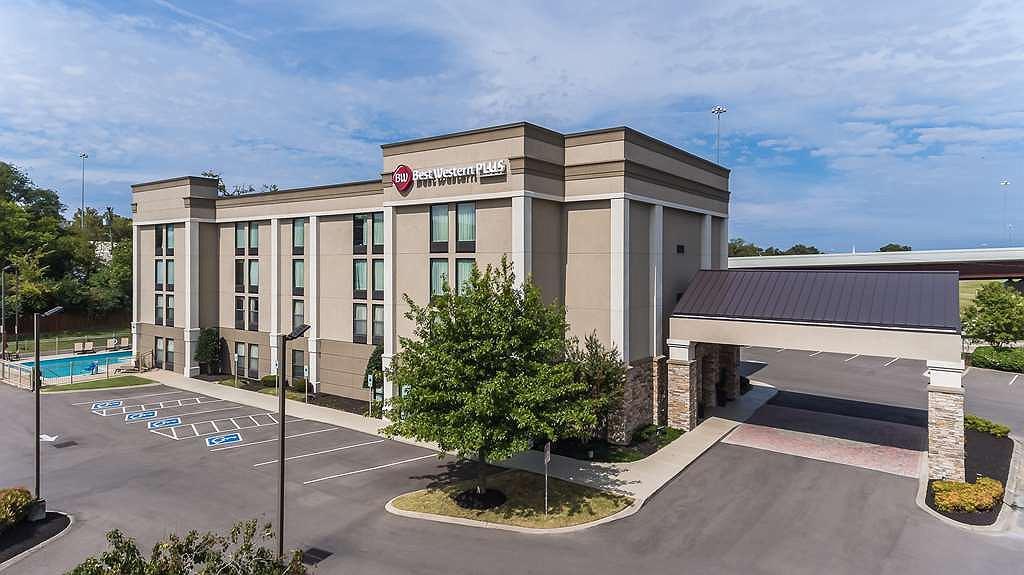 Best Western Plus Belle Meade Inn & Suites - Area esterna