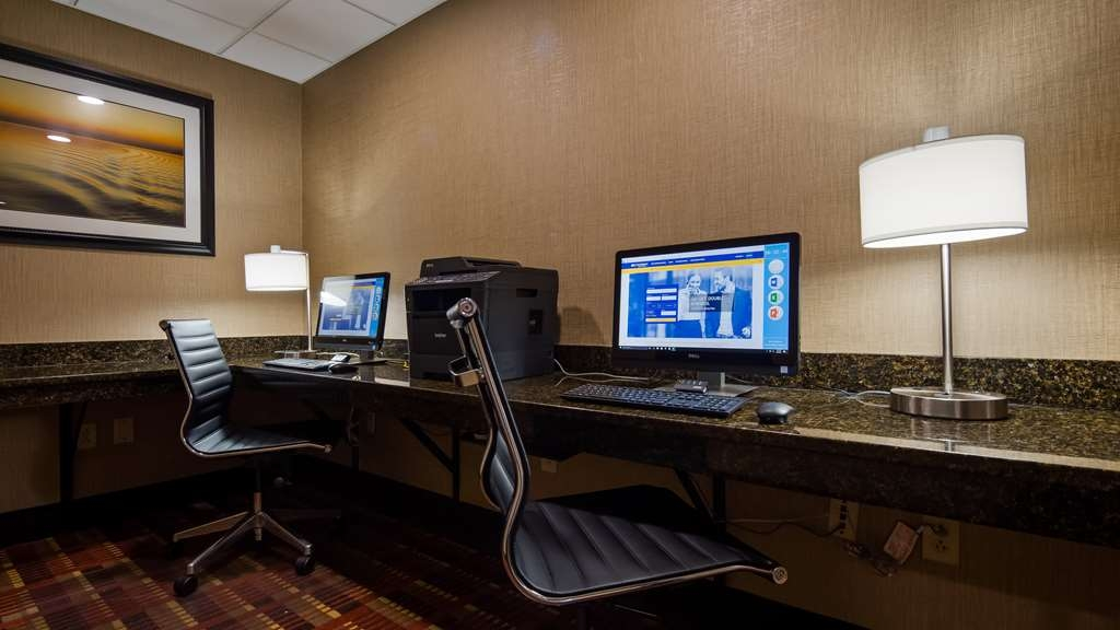 Best Western Plus Belle Meade Inn & Suites - Stay productive during your time away from home in our business center.