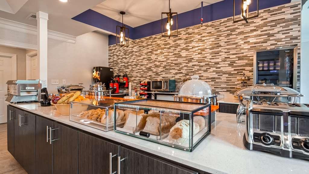 Best Western Brentwood - Breakfast Area